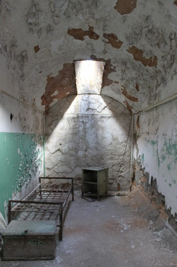 prisoner's cell at Eastern State Penitentiary